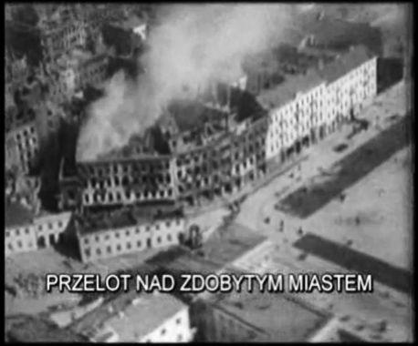 pierzeja ulicy Ossolińskich - skraj placu Piłsudskiego