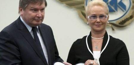 Szefowie komisji badania wypadków lotniczych minister Jerzy Miller i generał Tatiana Anodina